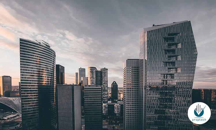 edificios-altos-noche